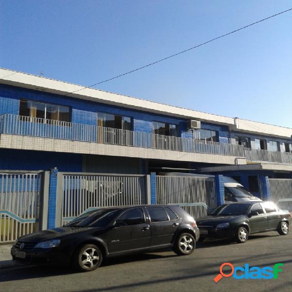 Prédio comercial em perus - 3 pavimentos, 830 m²