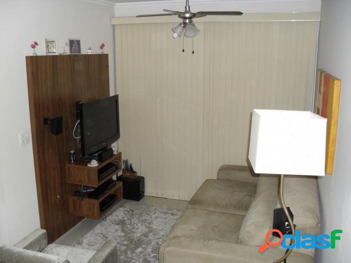 Apartamento 2 dormitórios no mangalot repleto de armários