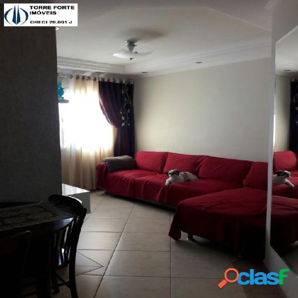 Um lindo apartamento com 2 dormitórios na Vila Alzira. 1 vaga de garagem!