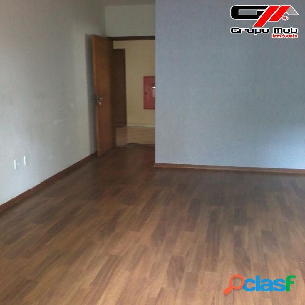Apartamento com 2 dormitórios, sendo 1 suite e área serviço.