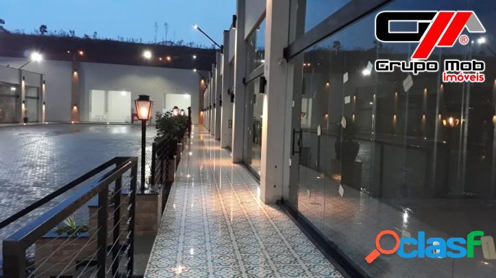 Salas comerciais de 37 a 302 m2 em local privilegiado.