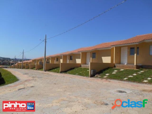 Casa 02 dormitórios, venda direta caixa, bairro mina união, criciúma, sc, assessoria gratuita - pinho imobiliária