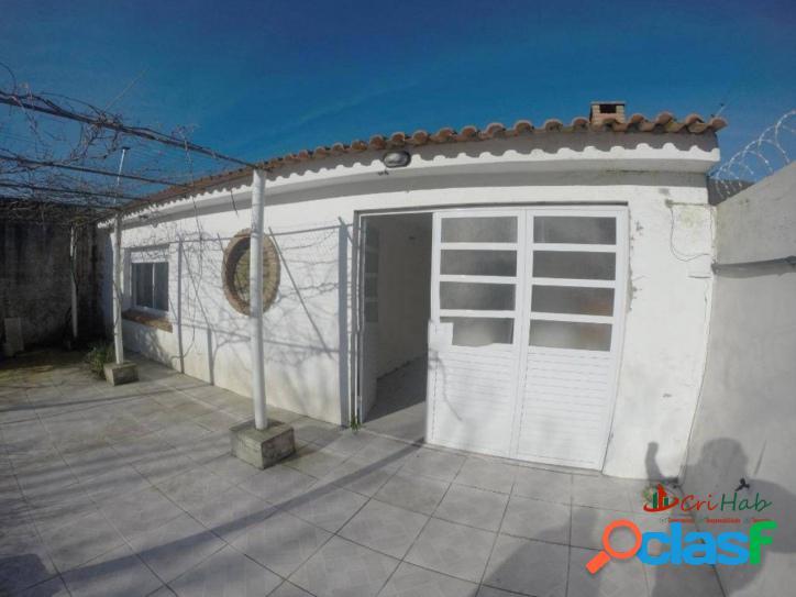 Casa com 2 dormitórios à venda, 60 m² no laranjal em pelotas