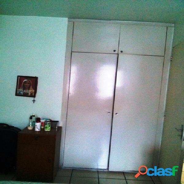 Apartamento na vl. flórida c/ 2 vagas.