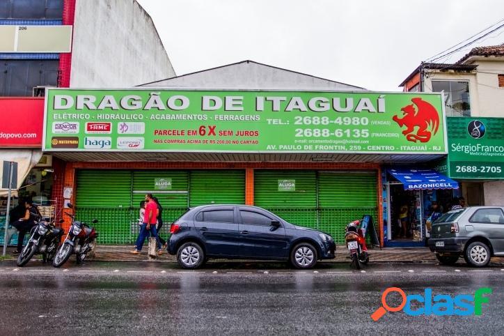 Loja com excelente localização no calçadão de itaguaí