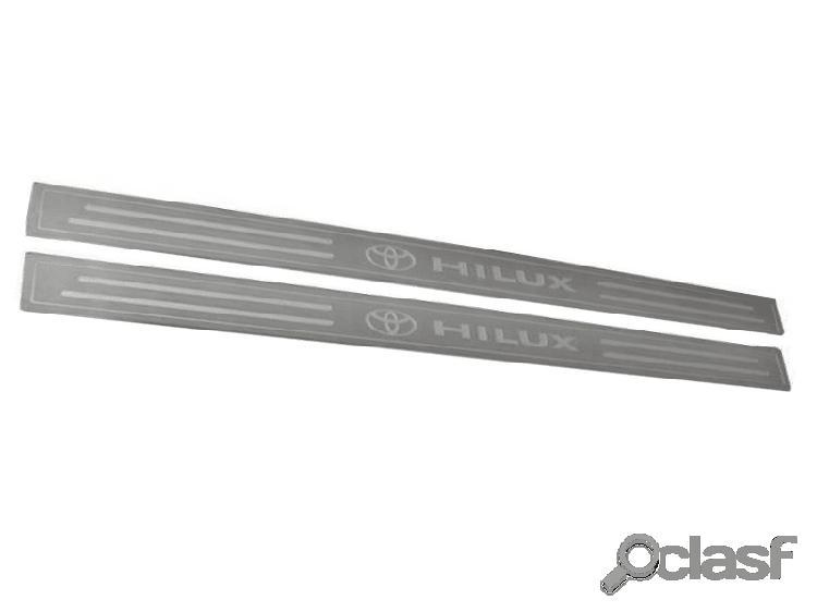 Soleira de porta hilux cab. simples em aço inox escovado prata