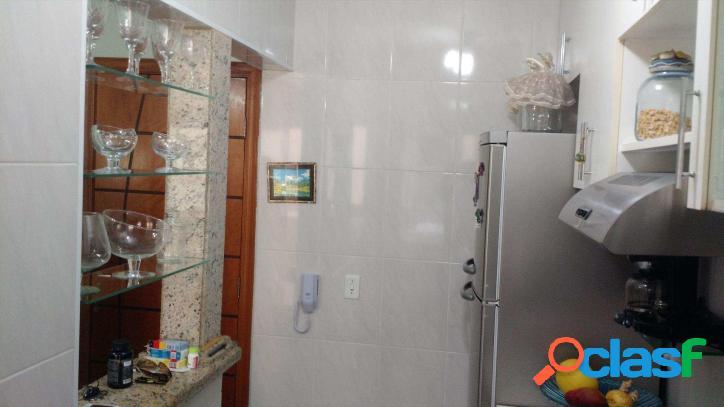 Apartamento Aconchegante / Bairro Guilhermina / Impecável / Visite !!!