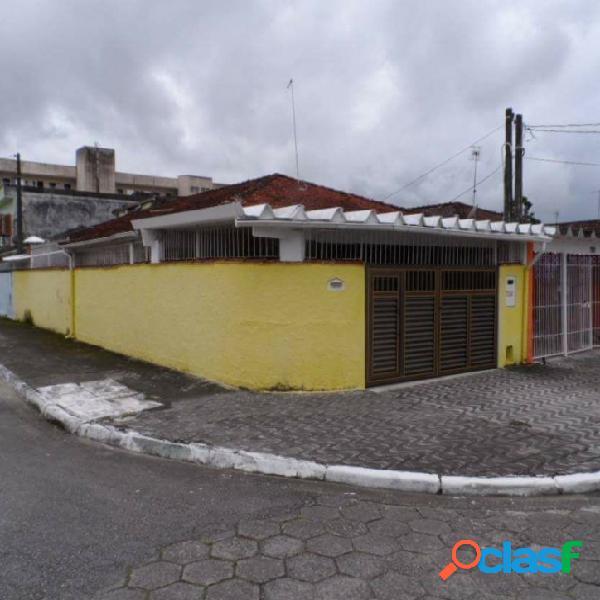Casa 2 dormitórios v. mirim / próximo a prefeitura !!