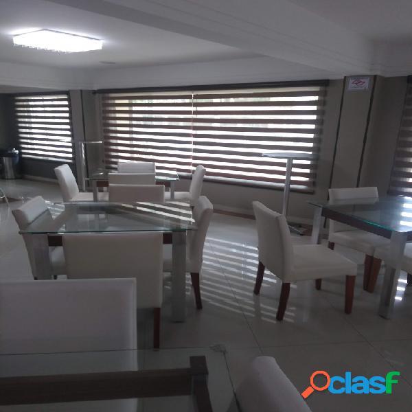 Apartamento Alto Padrão, 100 metros do mar, rico em armários. 1