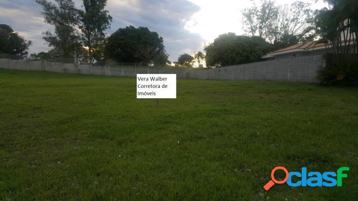 Terreno plano 1.042 m2 condomínio saint charbel