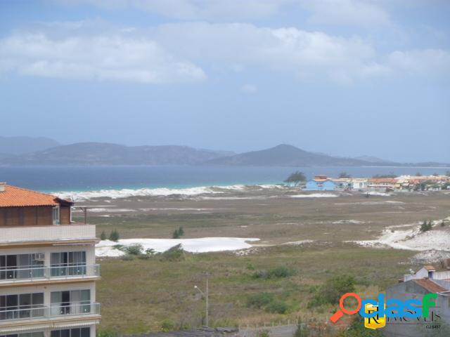 Cobertura em excelente localização e com vista mar!