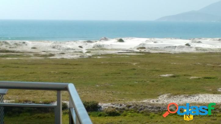 Cobertura dúplex com vista lateral para o mar!!!