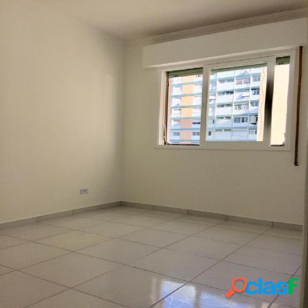 Apartamento 1 Dormitório- Perto da Praia- Embaré