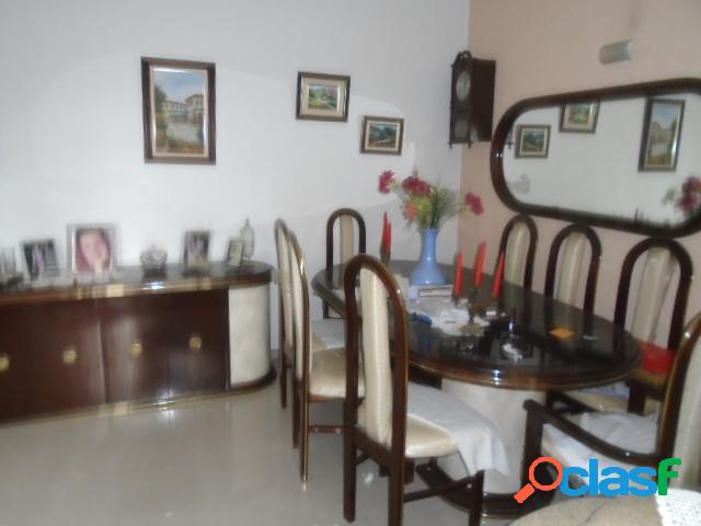 Apartamento 2 Dormitórios- Dep. Empregada- Ponta da Praia