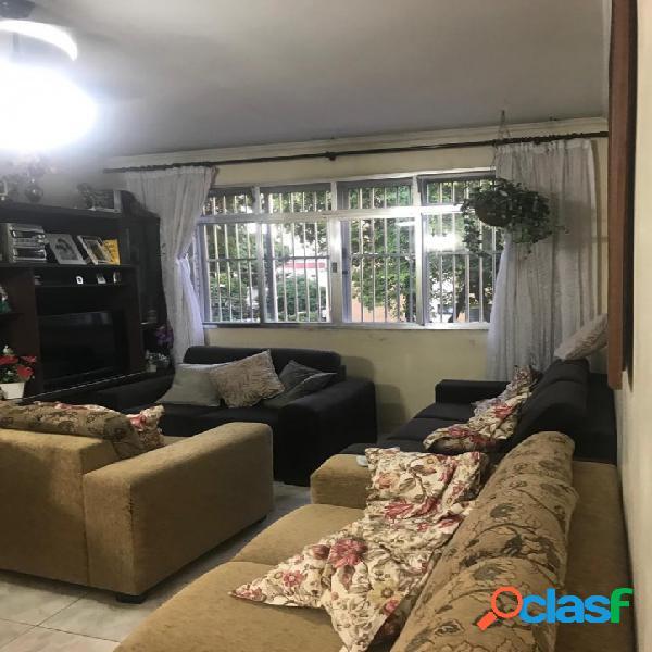 Apartamento 3 Dormitórios - Garagem Fechada- Embaré