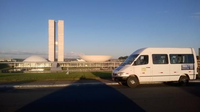 Aluguel de vans, translado de aeroporto de brasília a