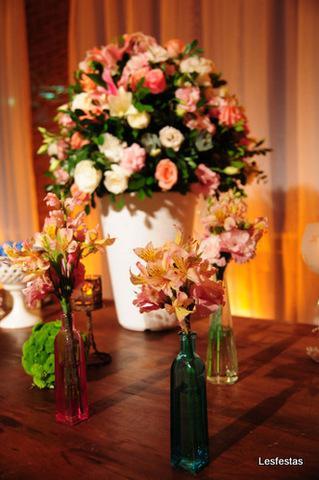 Locação de material e decoração para festas