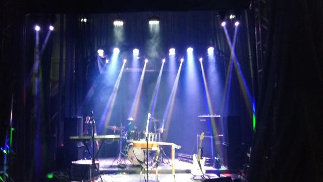 Locação de mesas e cadeiras, sonorização palco e