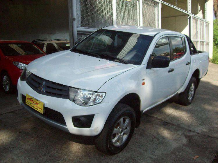 Mitsubishi l200 triton gls 3.2 cd tb int.diesel mec