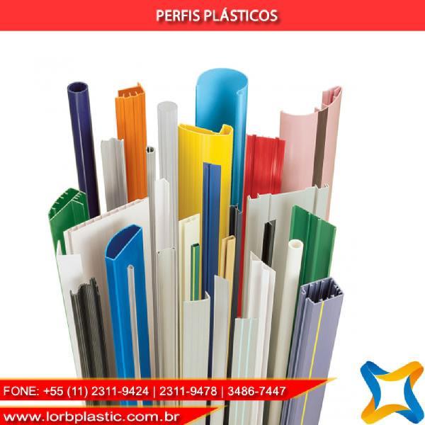 Perfis plásticos em pead