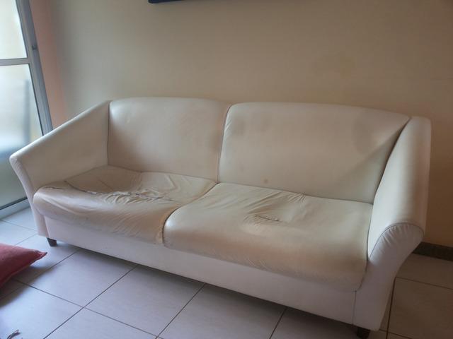 Sofá courino   usado