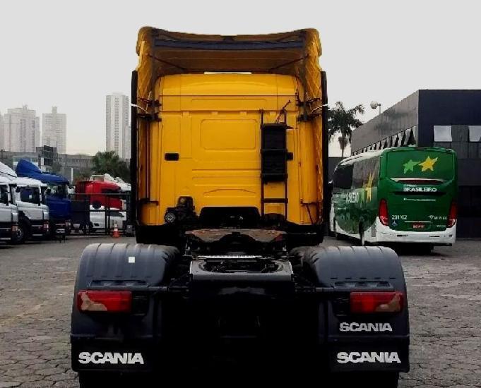 Scania r 440 6x2 streamline teto alto 3 eixo ano e modelo 15