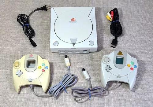 Sega dreamcast 2 controles 1 vmu excelente estado veja fotos