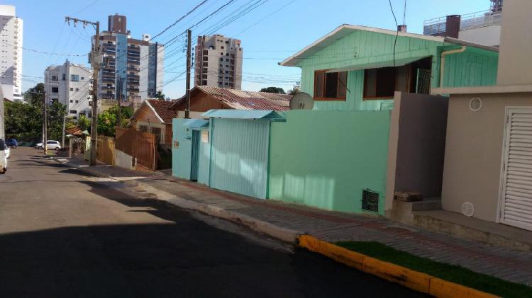 Vendo terreno com 4 casas em chapecó, próximo ao lang