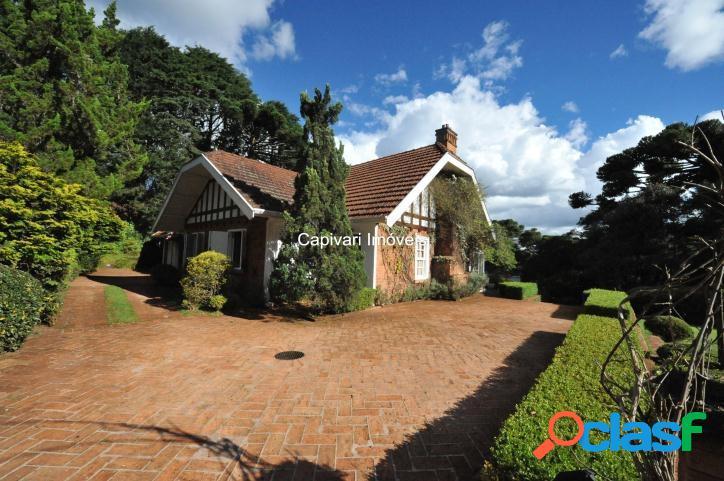 Casa em Capivari - Terreno plano e lindo paisagismo