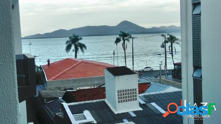 Apartamento com vista lateral para o mar 2 dormitórios em co