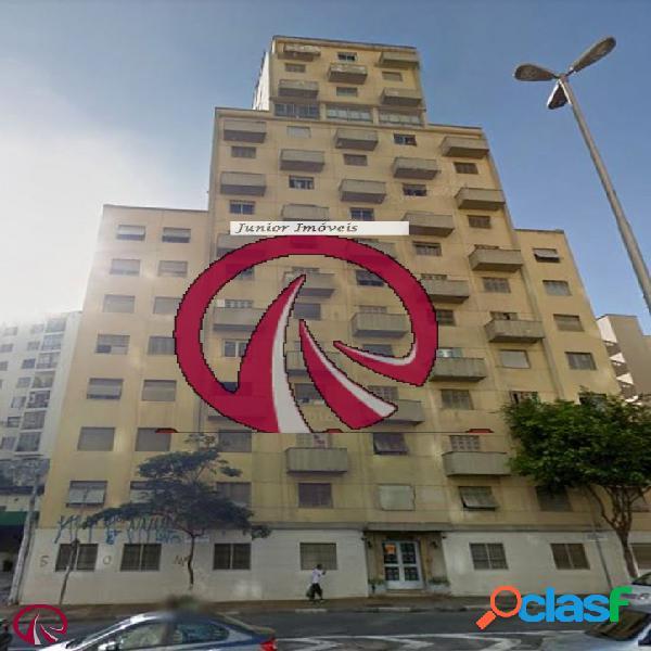 Apartamento de 02 dormitórios na bela vista