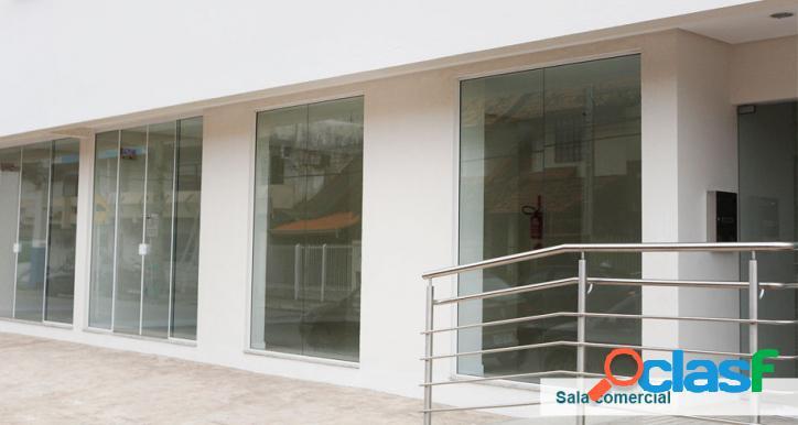Sala comercial com 38 m² área privativa + 01 vaga de garagem