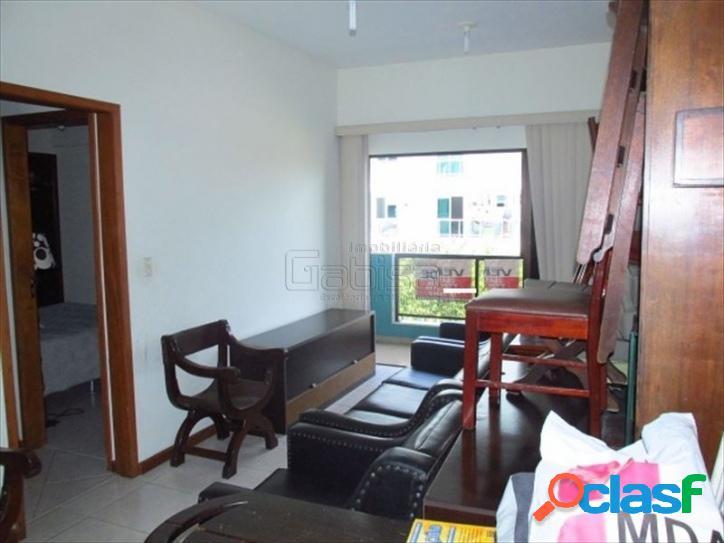 Ótimo quarto e sala, muito amplo a 03 quadras da praia do fo