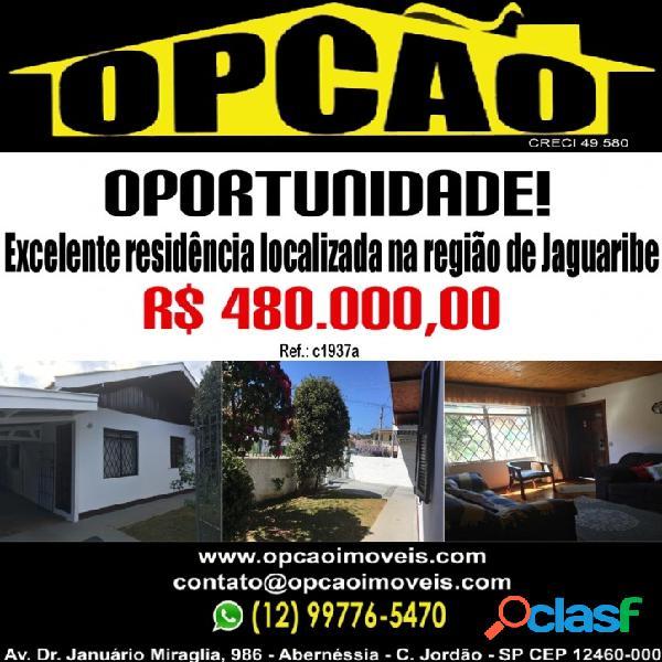 Excelente residência localizada na região de jaguaribe