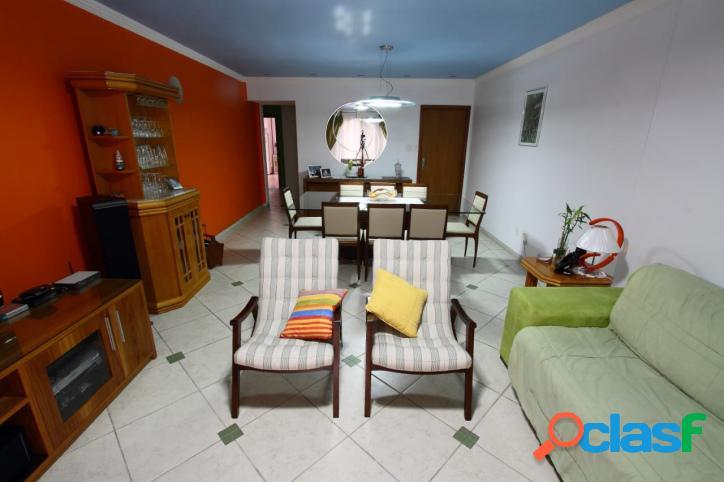 Apartamento 3 Dormitórios- Sacada - Ponta da Praia