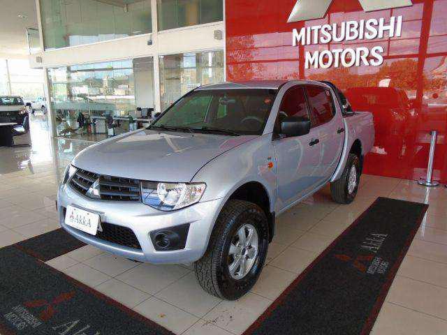 Mitsubishi l200 triton glx 3.2 cd tb int.diesel mec