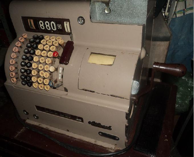 Maguna registradora antiga luxo