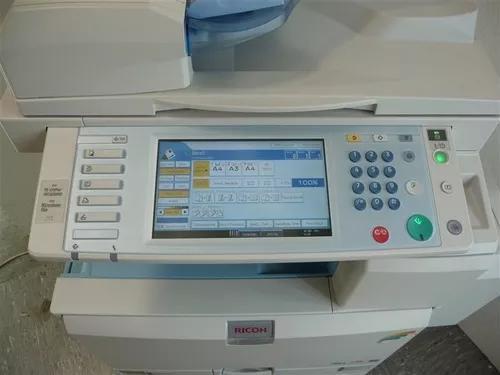 Ricoh mpc3000 multif color laser - usada- probl