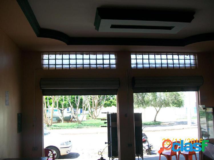 Ponto comercial na praça viva vida - ponto comercial a venda no bairro centro - janaúba, mg - ref.: li46964