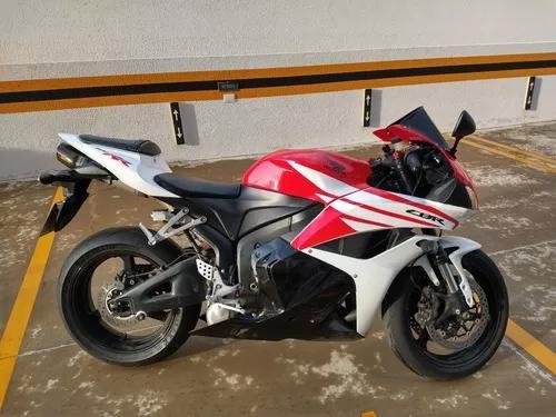 Honda cbr 600 rr c/ akrapovic full + suspensão mupo +