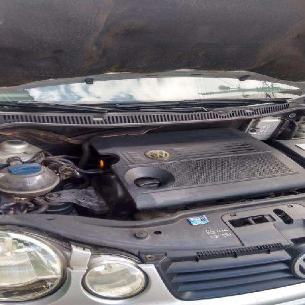 Volkswagen polo sedan 1.6 mi 101cv 8v 4p