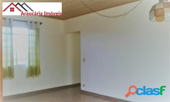 Casa assobradada a venda, com 05 quartos e Edícula na Região de Abernéssia. 3