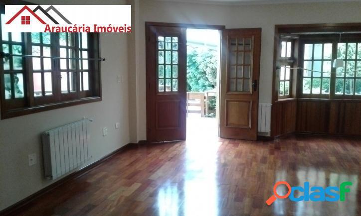 Linda Casa em Condomínio para Venda com 05 quartos em Vila Inglesa. 3