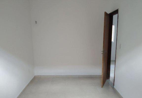 Alugo kitnet estilo apartamento no alto do calhau