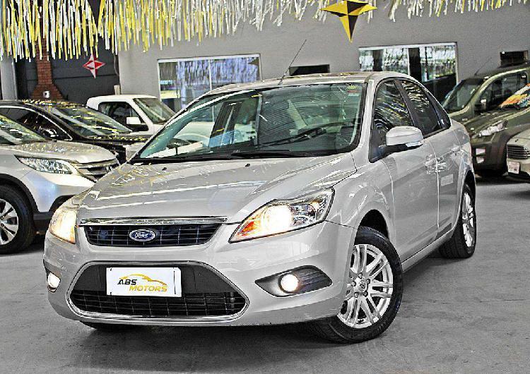 Ford focus ghia sed. 2.0 16v/ 2.0 16v flex 4p