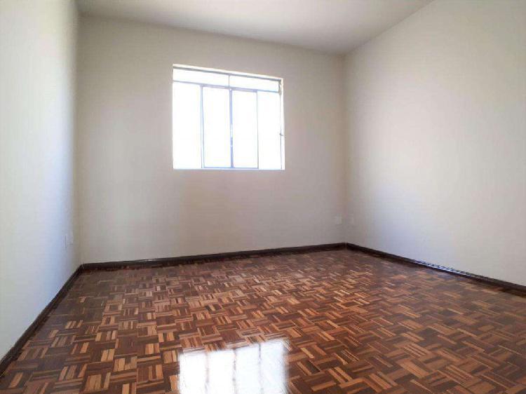 Apartamento, esplanada, 2 quartos, 1 vaga, 0 suíte