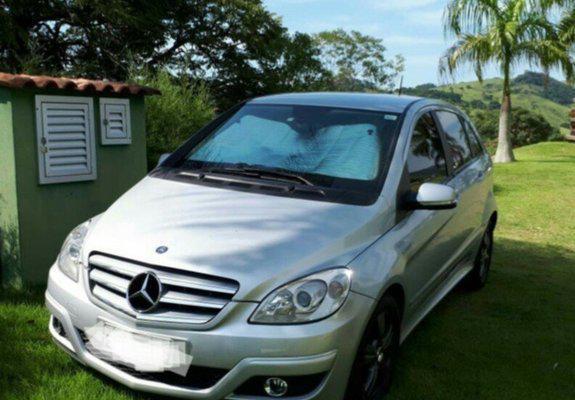 Mercedes-bens b180 family 1.7 automático 2010 completa