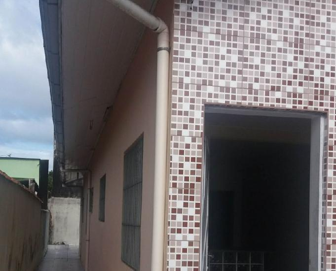 Aluga casa com 01 dormitóriosalacozinhawcas