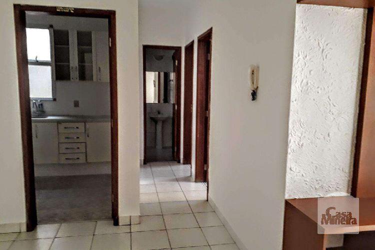 Apartamento, sagrada família, 2 quartos, 1 vaga, 0 suíte