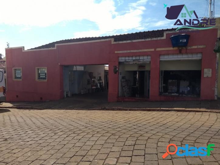 Imóvel comercial, 689m², no Centro, Piraju/SP.
